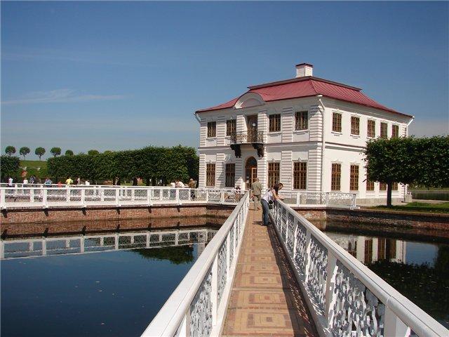 Дворец «Монплезир»